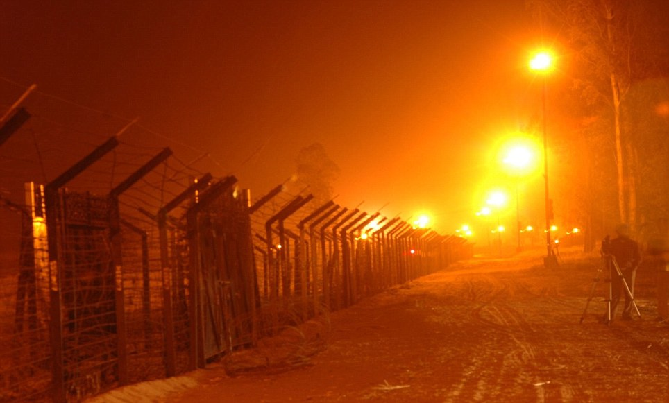 fencing constructed along the indo - pakistan border - fao chris