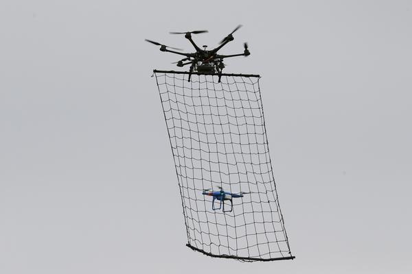 polis-dron
