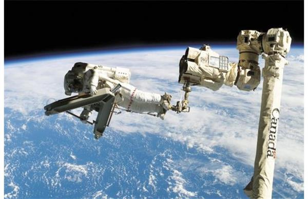 russian-students-3d-print-human-controlled-hand-iss2